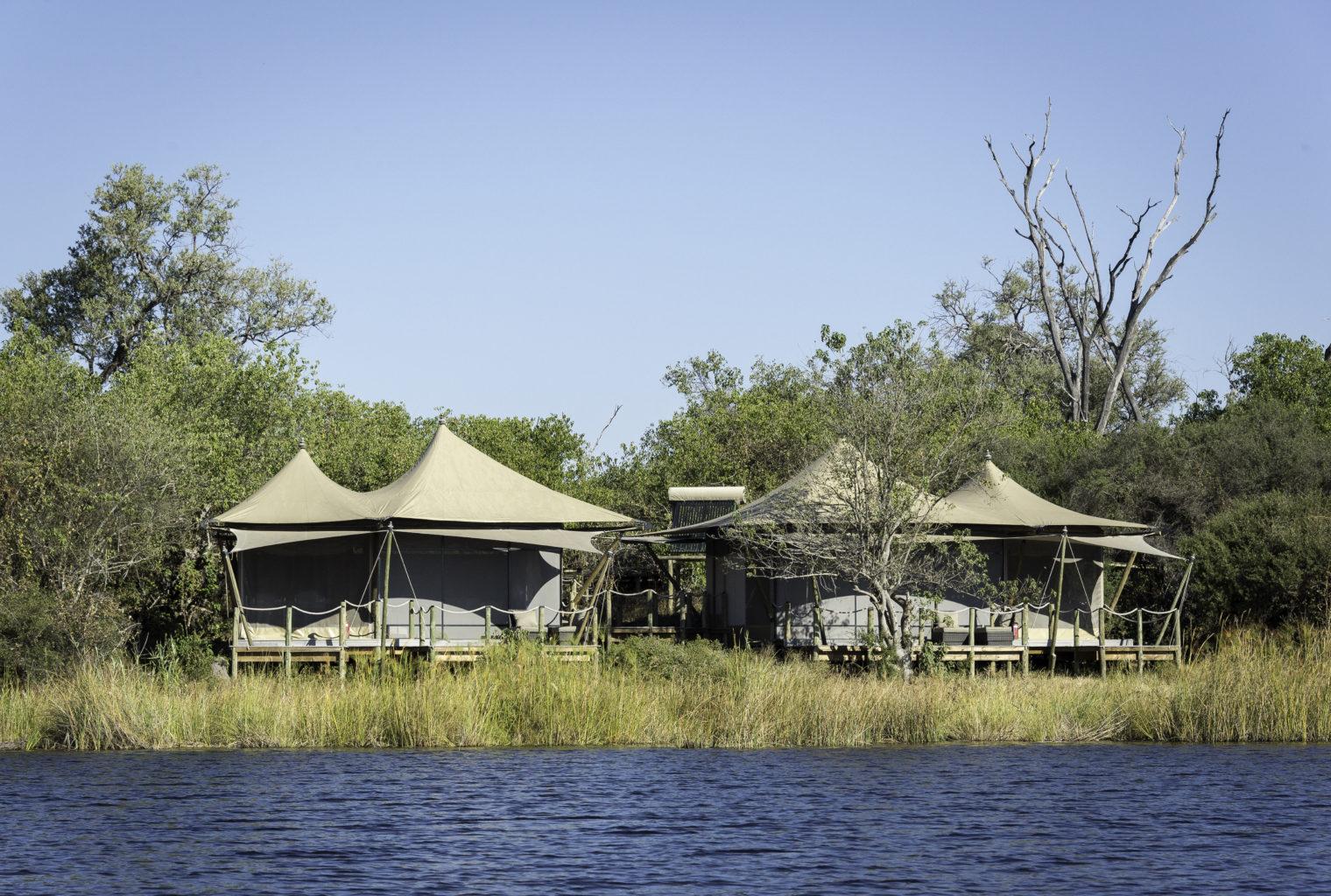 Duma Tau Lodge Botswana Exterior