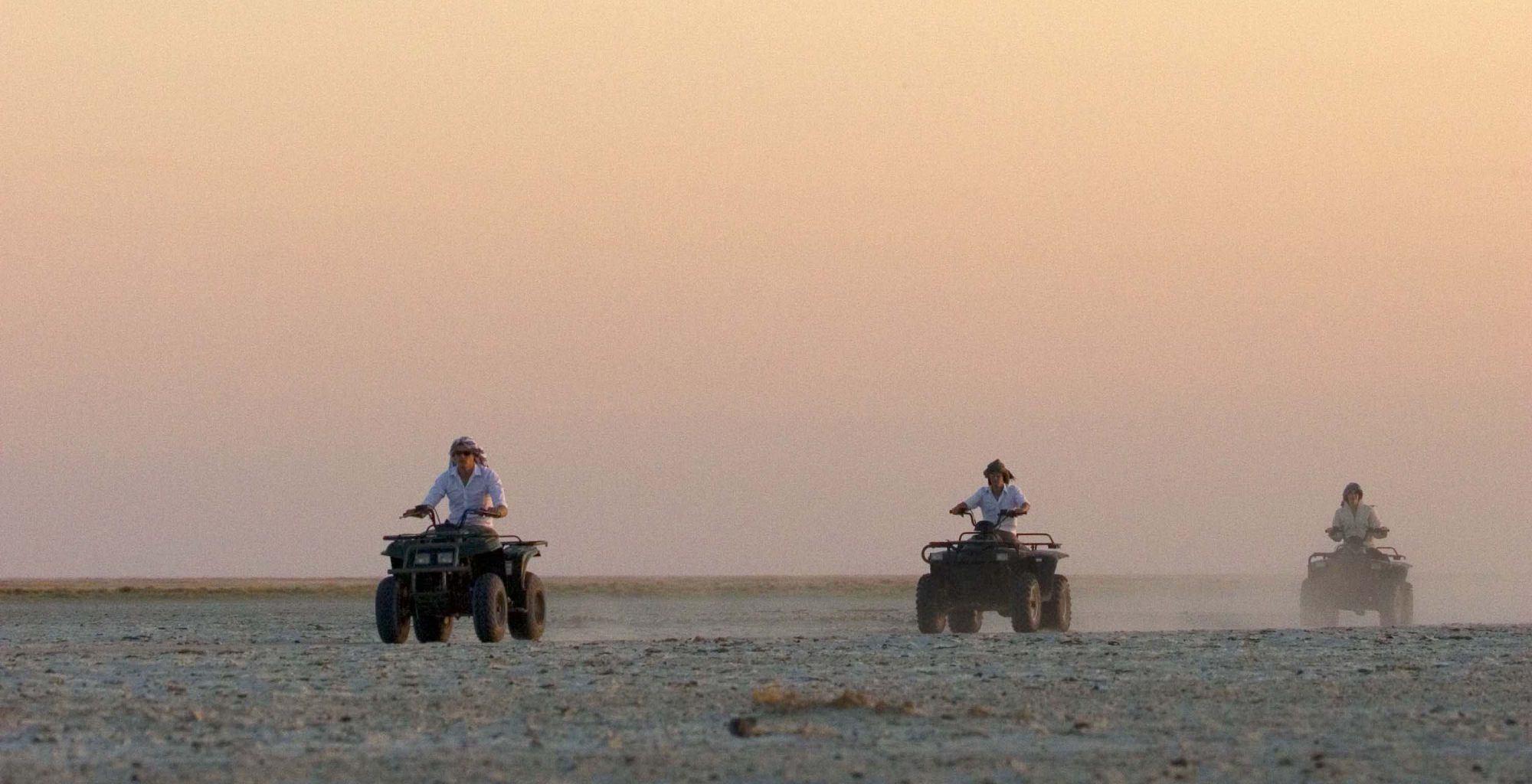 Botswana-Kalahari-Makgadikgadi-Pans-Sunset-Quad-Bike