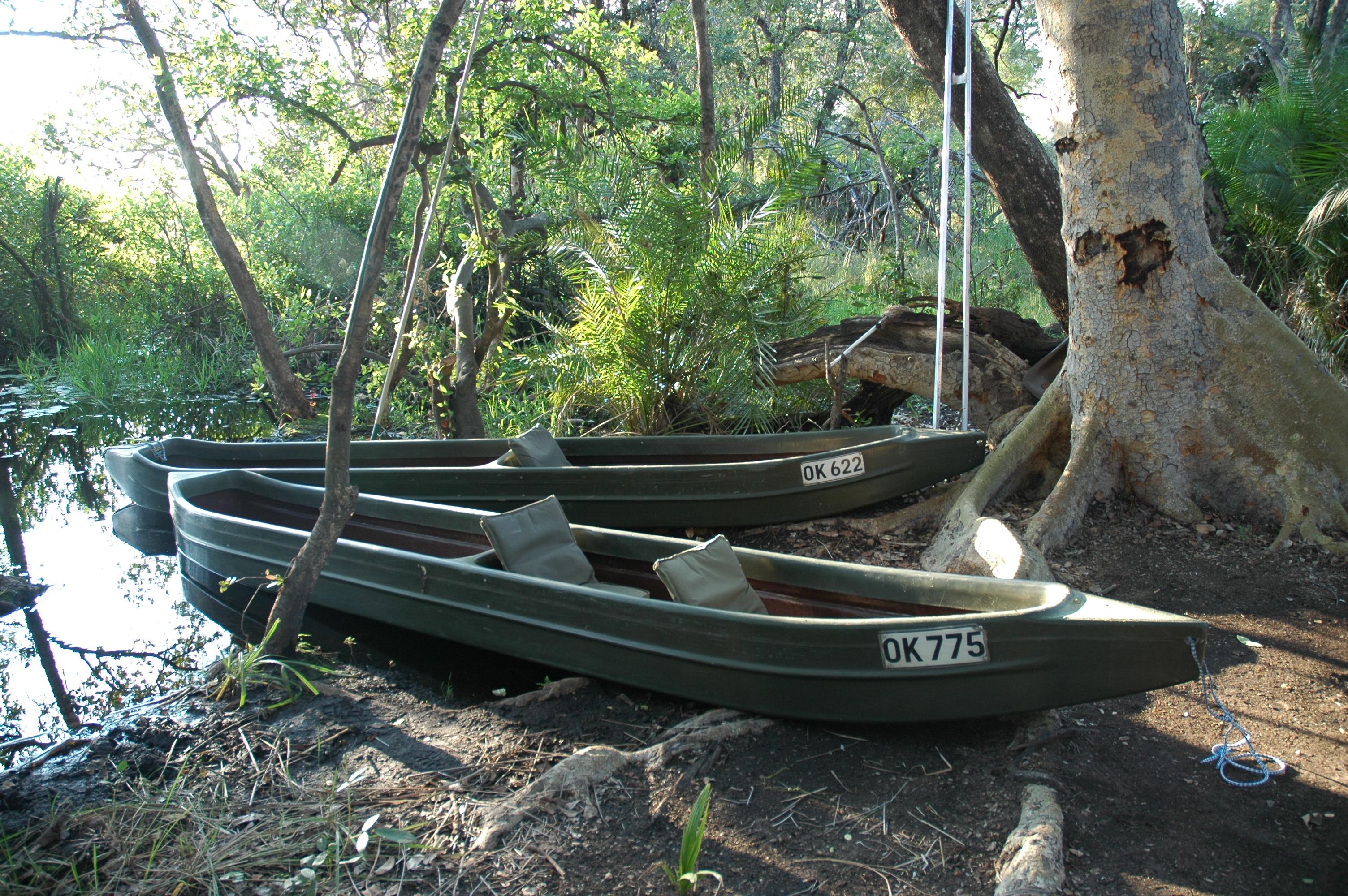 Kanana-Mokoro-Trails Boats