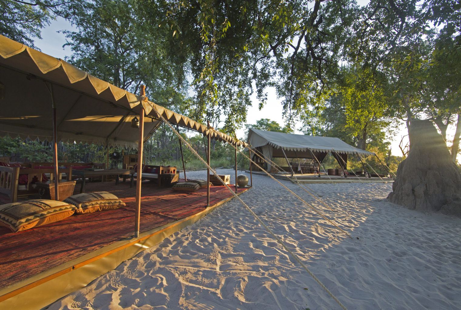 Selinda Explorers Camp Botswana exterior
