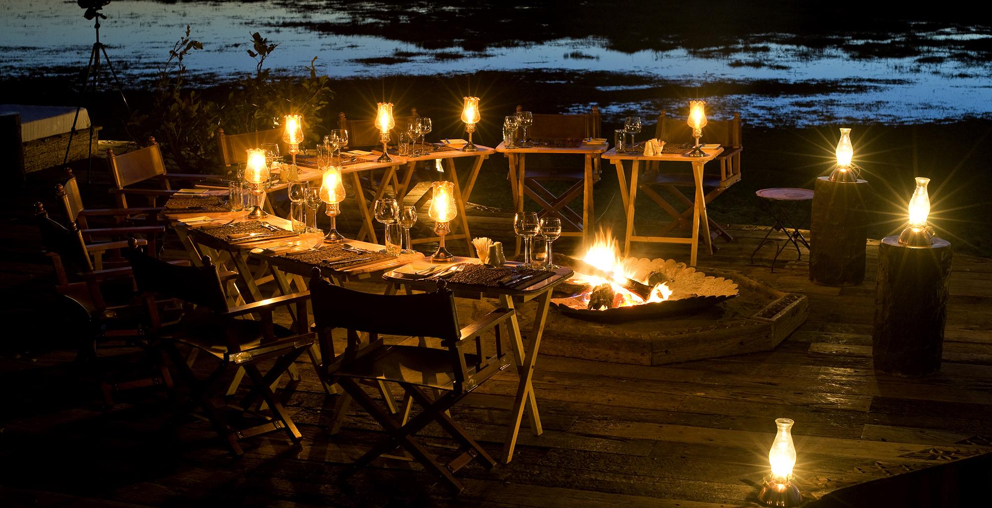 Botswana-Zarafa-Deck-Night