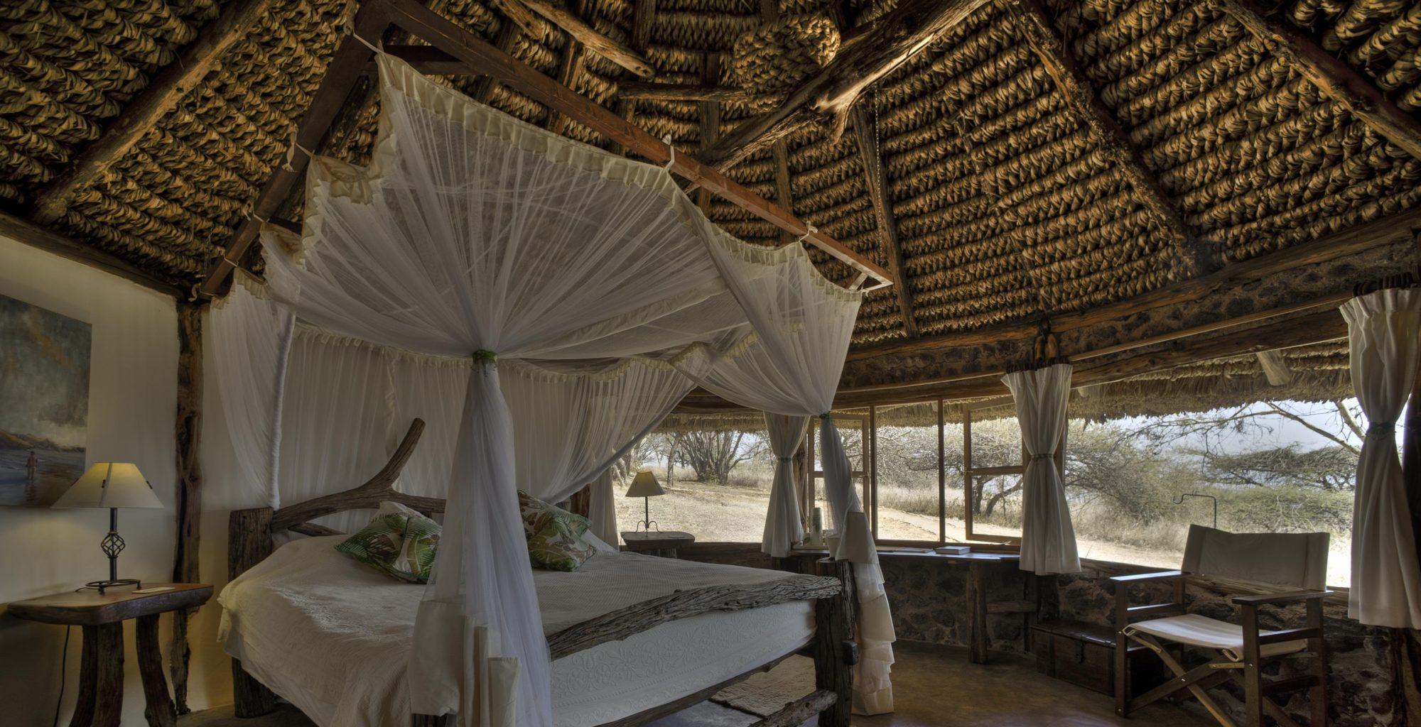 Lewa-House-Bed