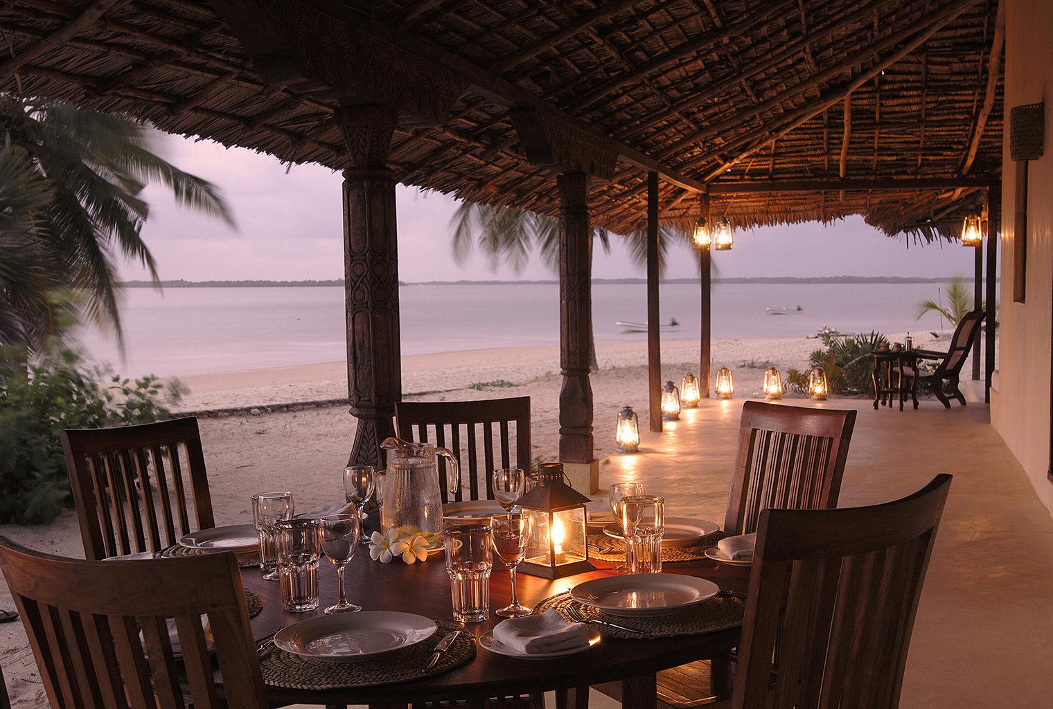 Kizingoni-Villas-Dining