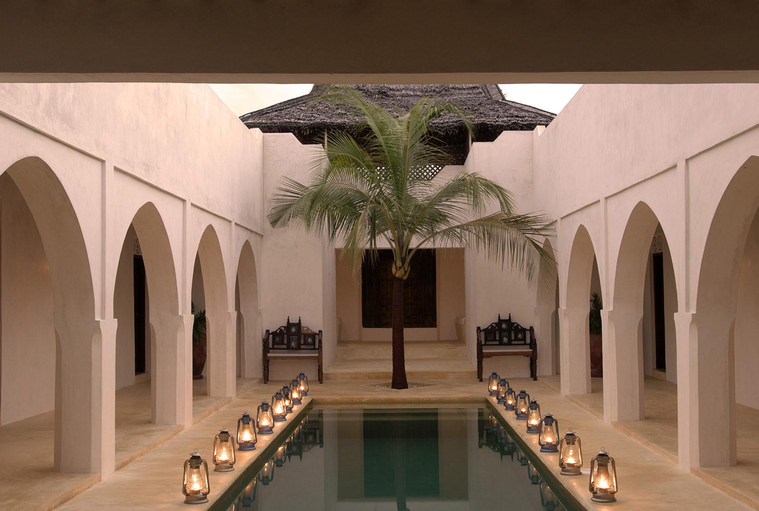 Kizingoni-Villas-Exterior-Pool