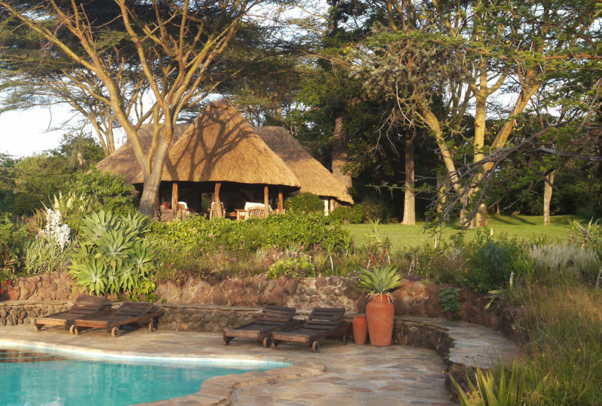 Lewa-House-Exterior-Pool