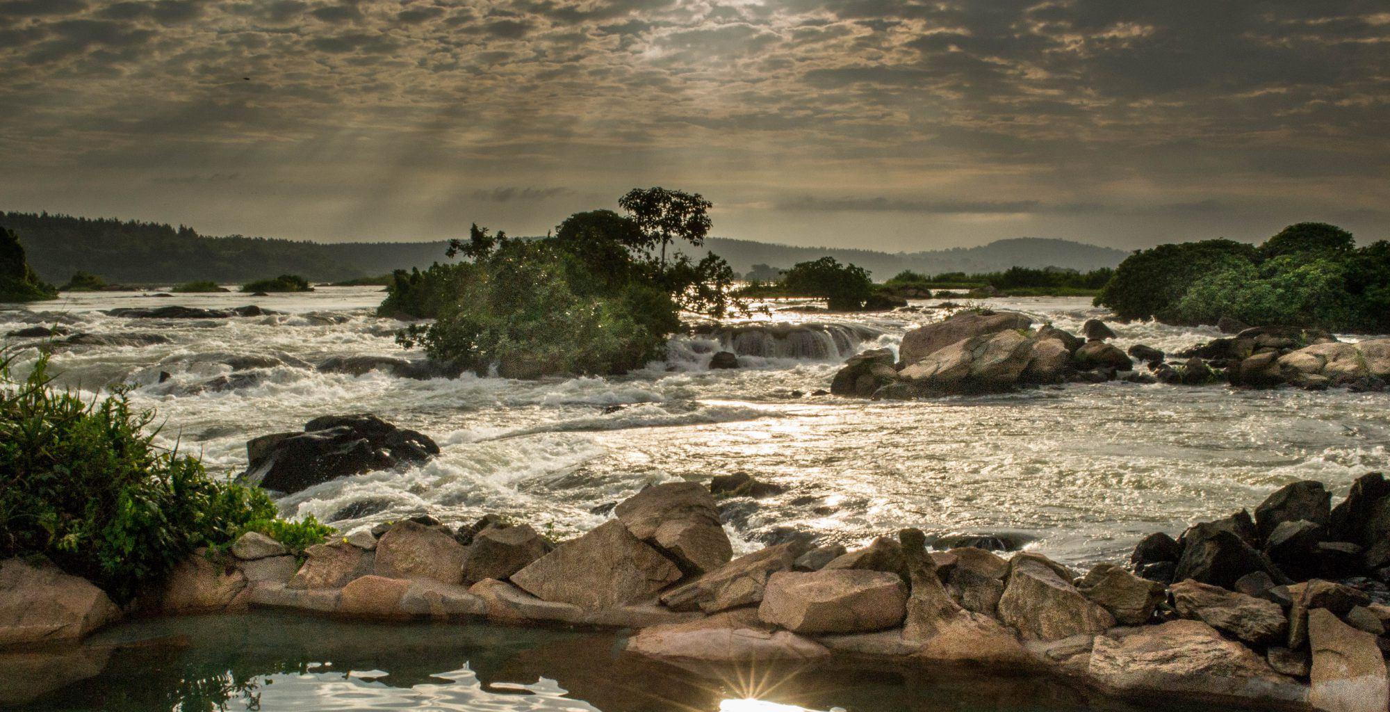 Uganda-Landscape-Waterfall