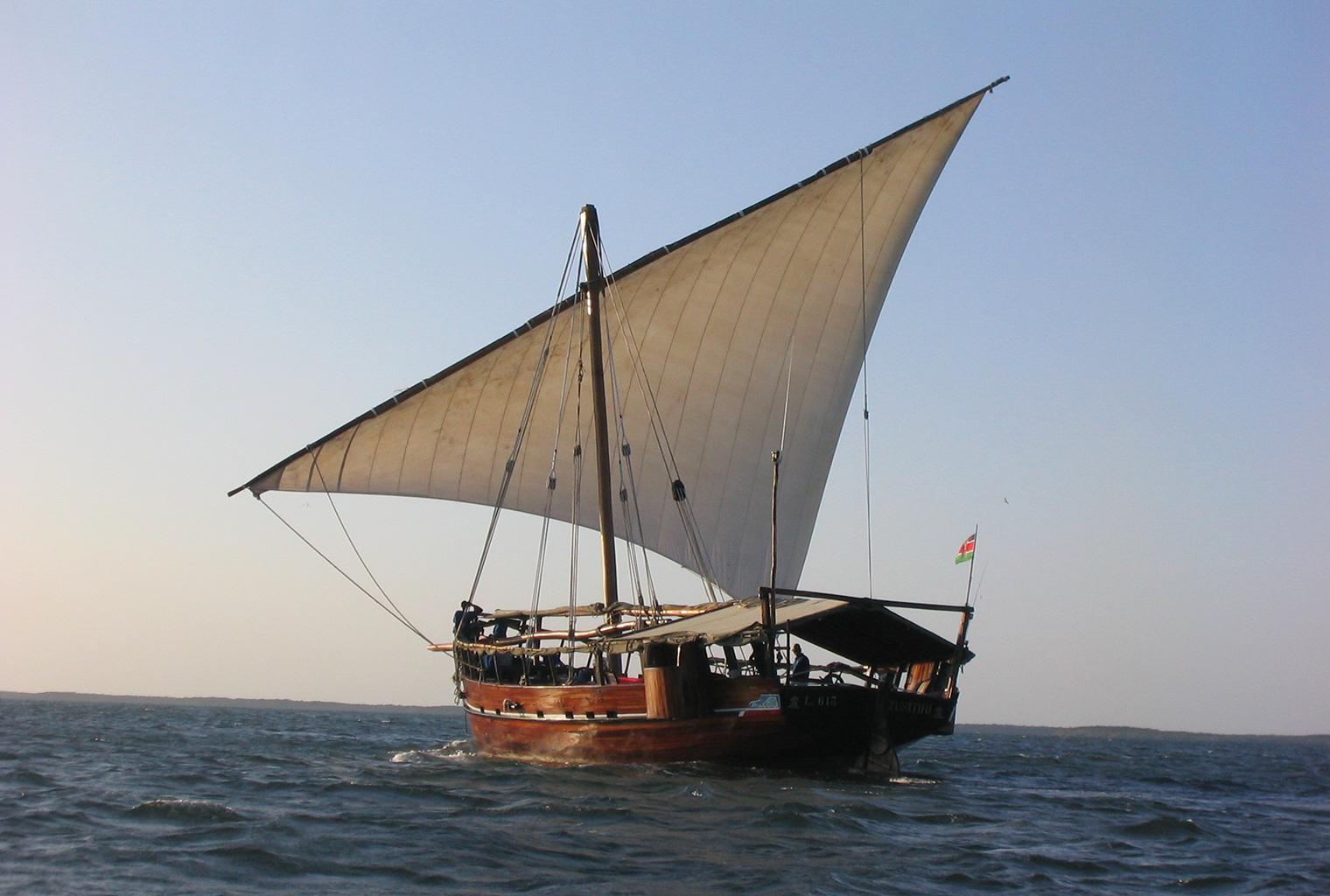 Tusitiri-Dhow-Sail
