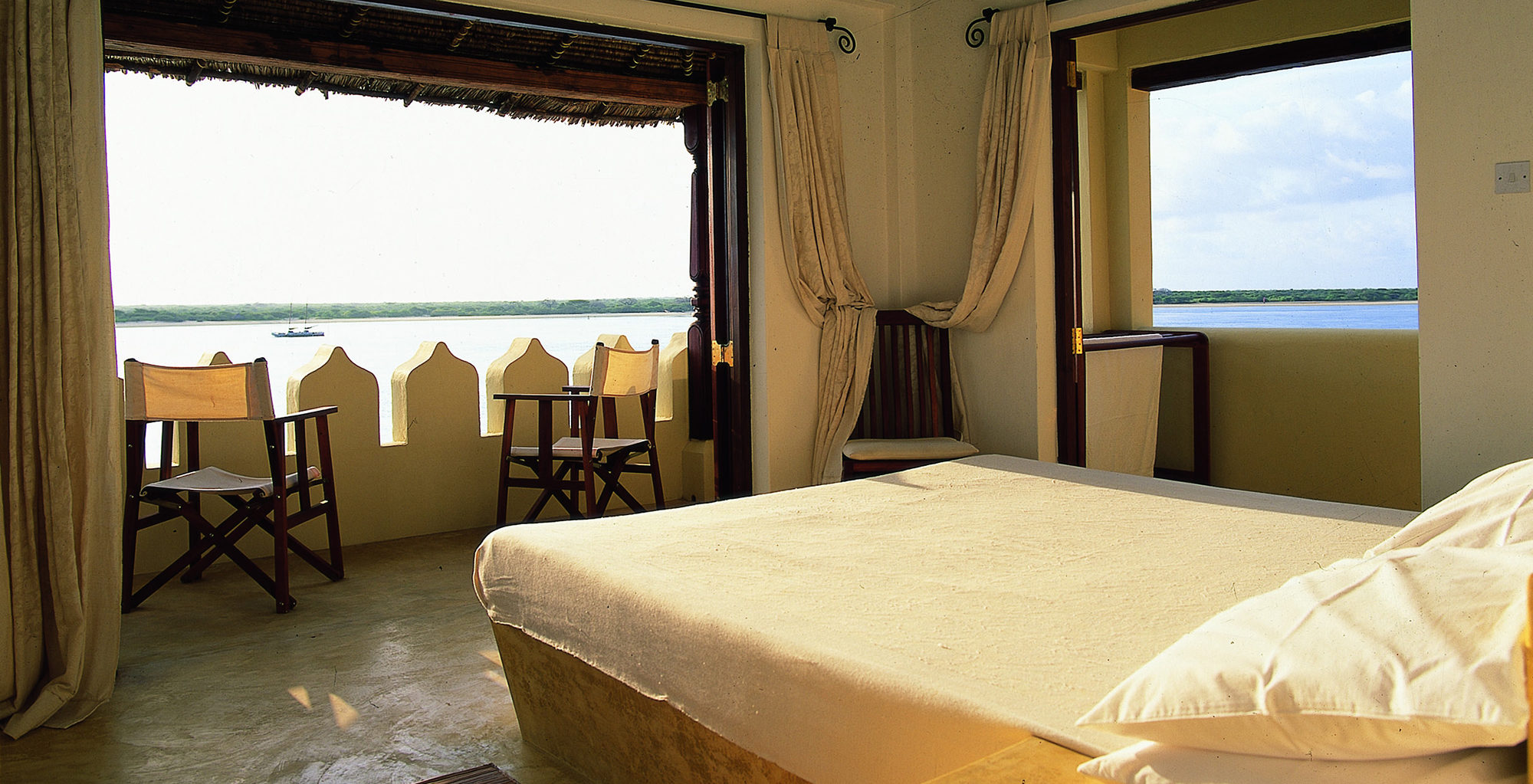 Kenya-Beach-House-Bedroom