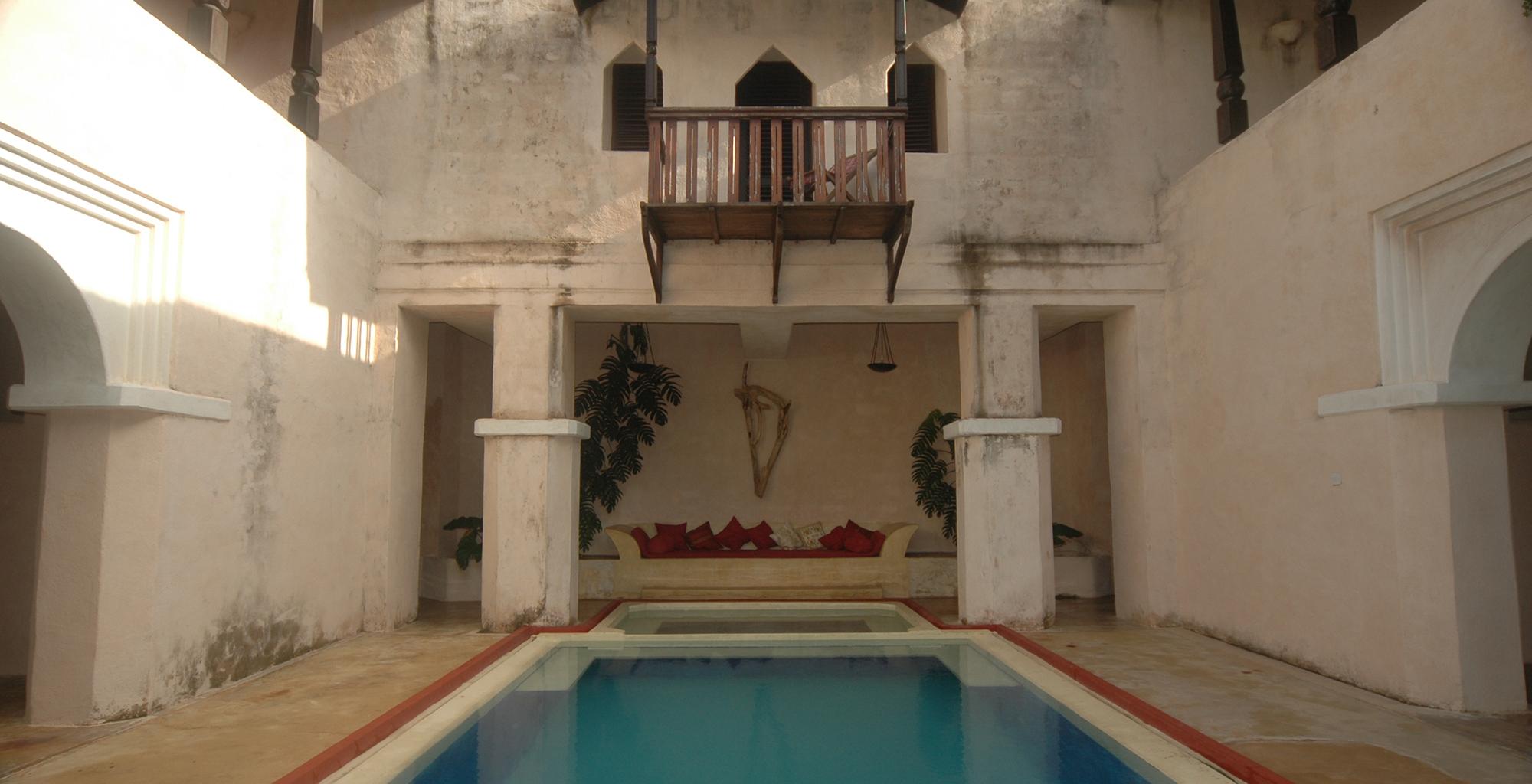 Kenya-The-Fort-Swimming-Pool
