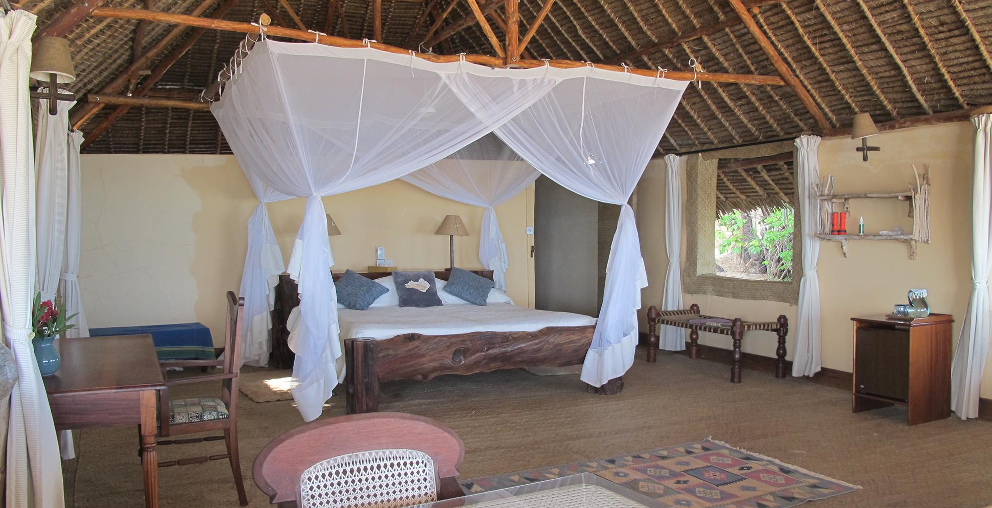 Kenya-Manda-Lodge-Bay-Bedroom