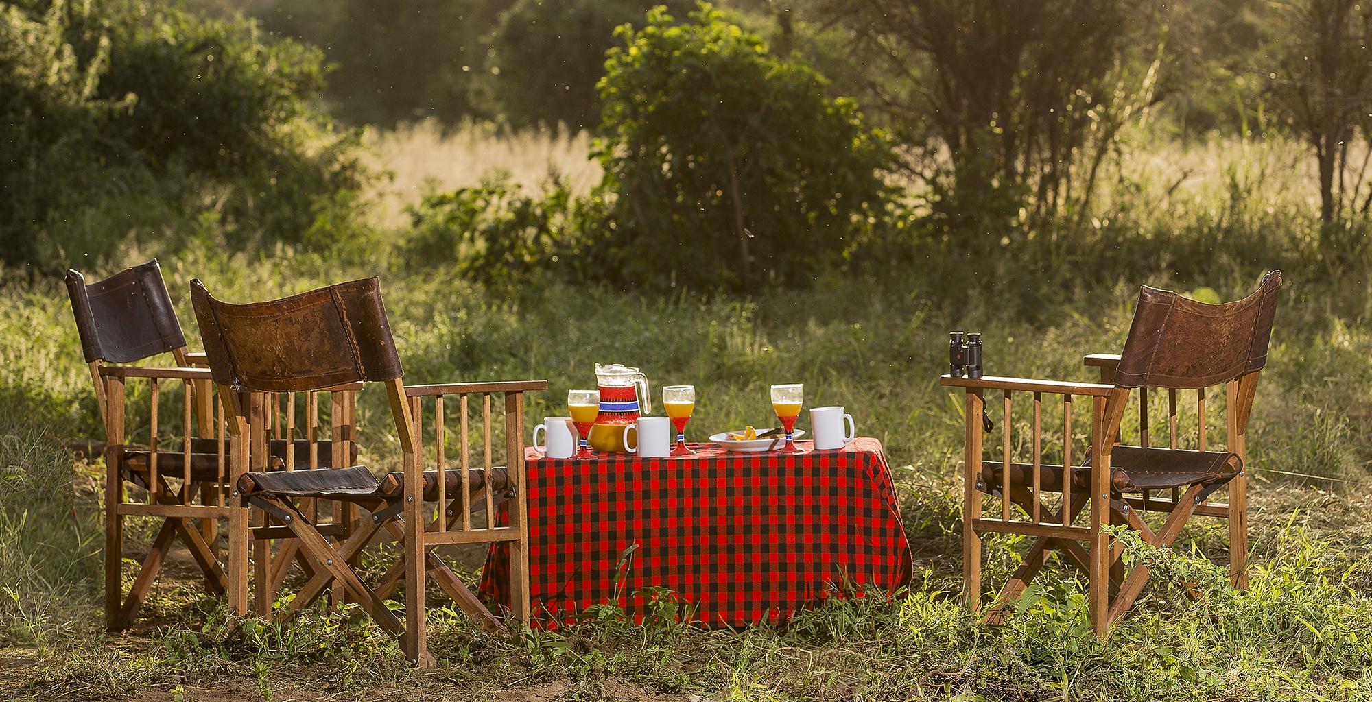 Kenya-Il-Ngwesi-Breakfast