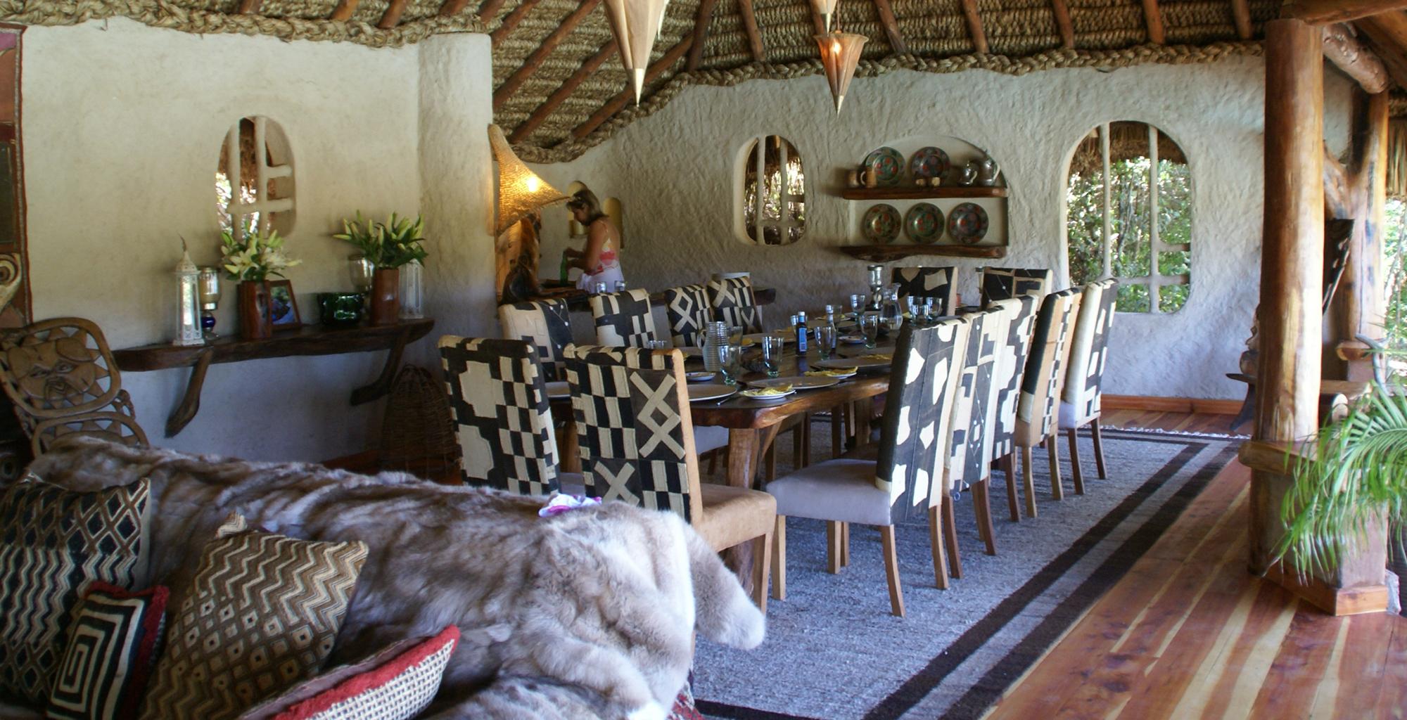 Kenya-Enasoit-Dining