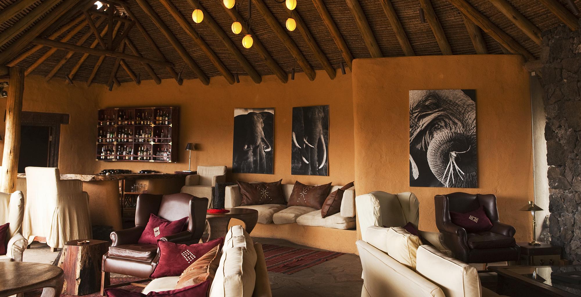 Kenya-Ol-Donyo-Living-Room