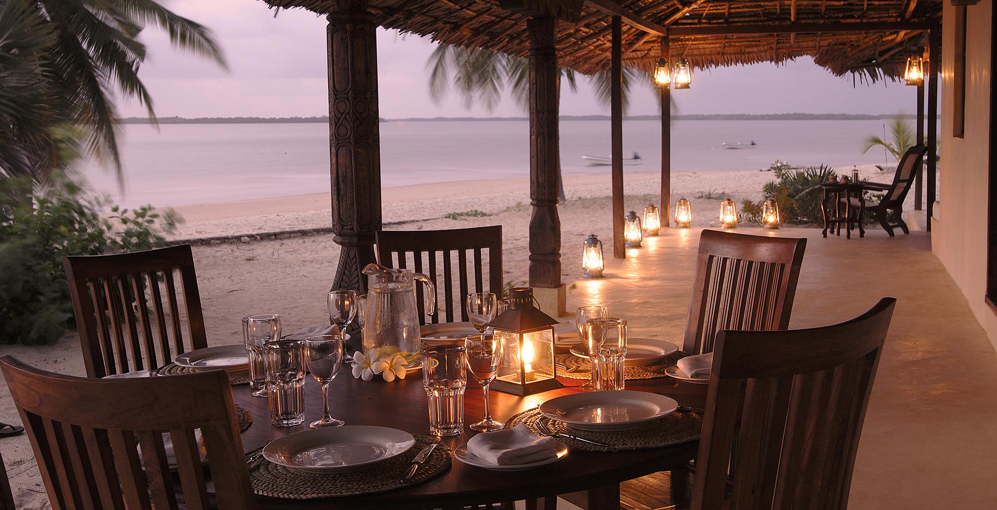 Kenya-Kizingoni-Villa-Outdoor-Dining