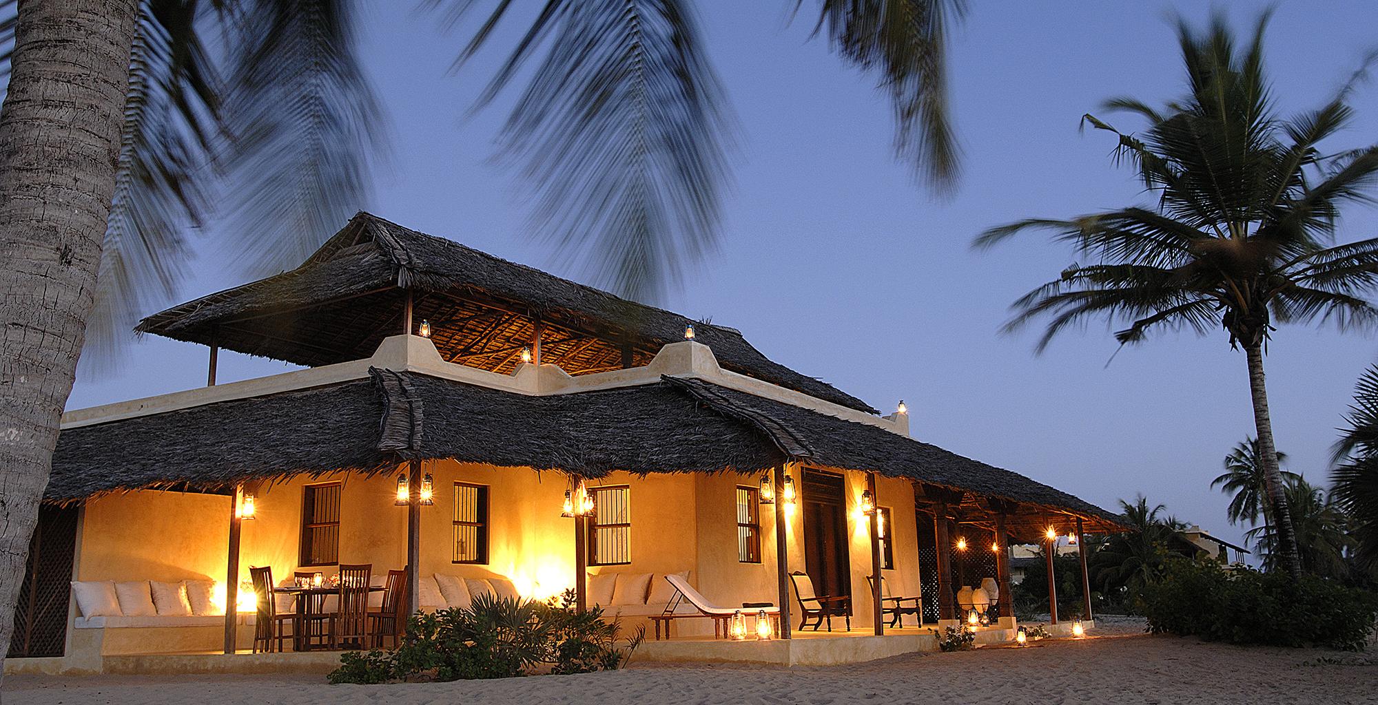 Kenya-Kizingoni-Villa-Exterior-Night