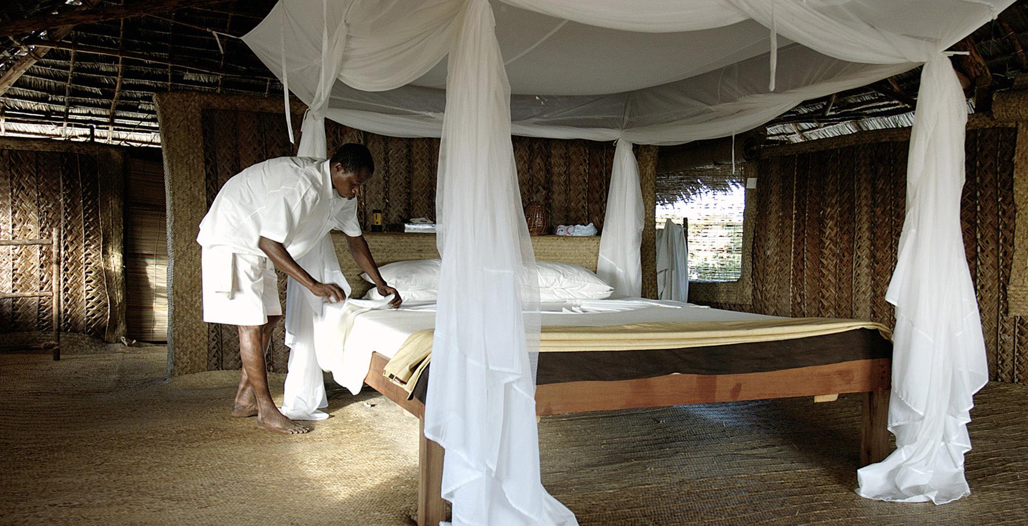 Kenya-Kizingo-Lodge-Bedroom