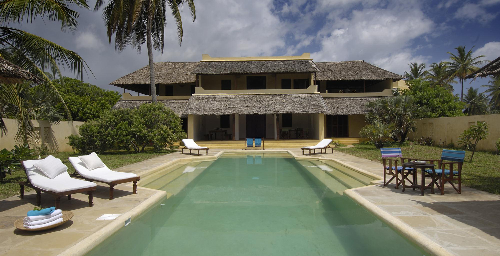 Kenya-Kizingoni-Villa-Exterior