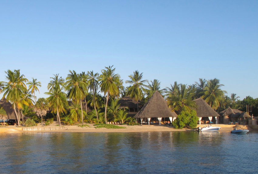 Kenya-Manda-Lodge-Bay-Exterior