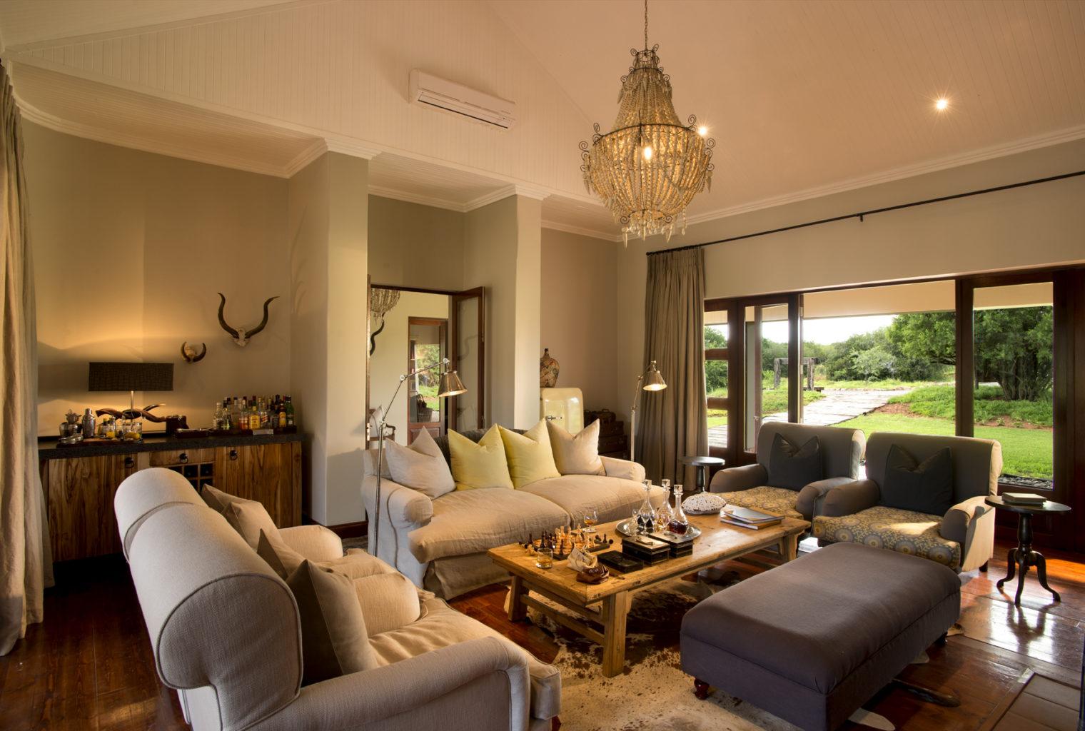 Melton Manor South Africa Lounge