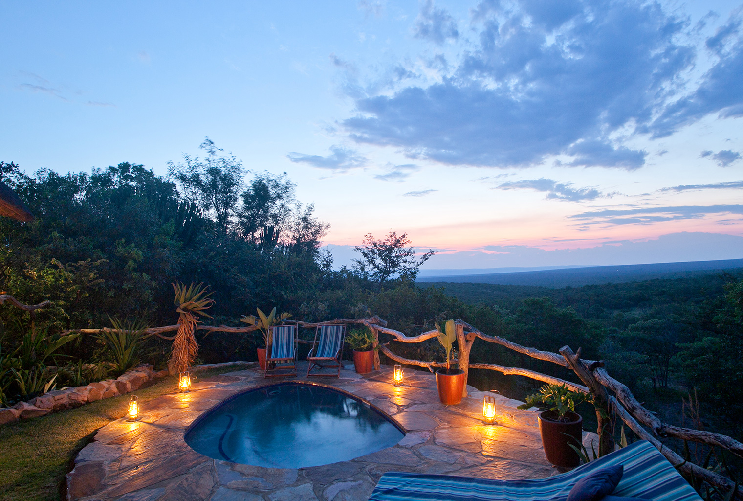 Ants-Nest-South-Africa-Pool-Views