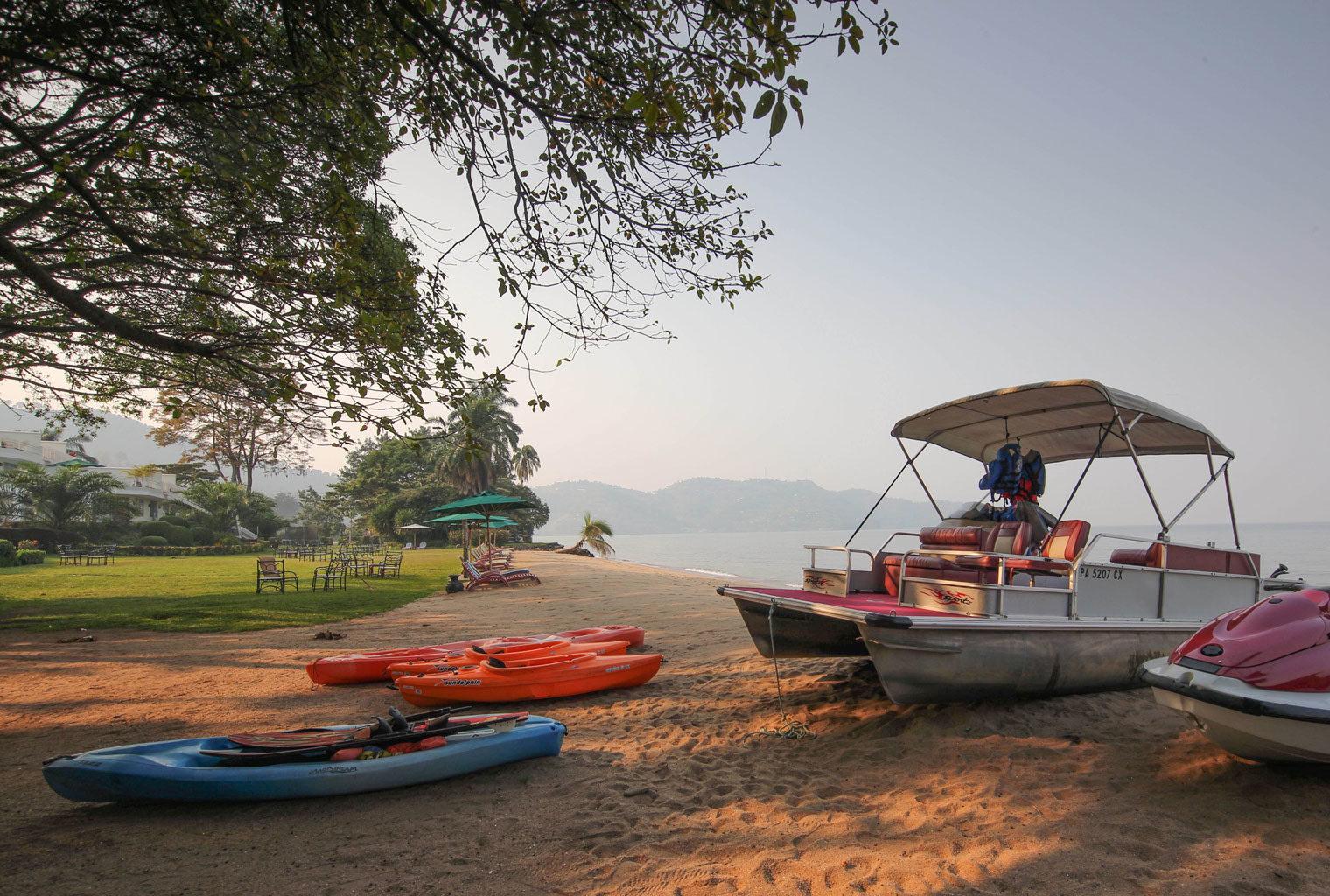 Aquatic-sports-Lake-Kivu-Serena-Rwanda