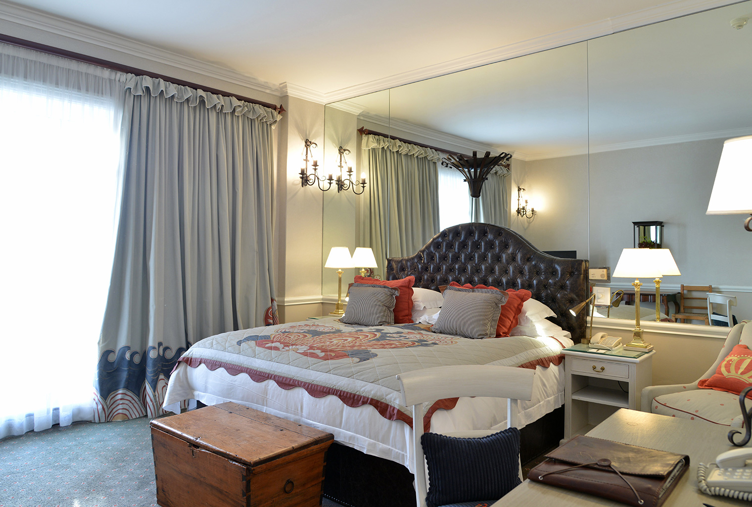 Cape-Grace-South-Africa-Bedroom