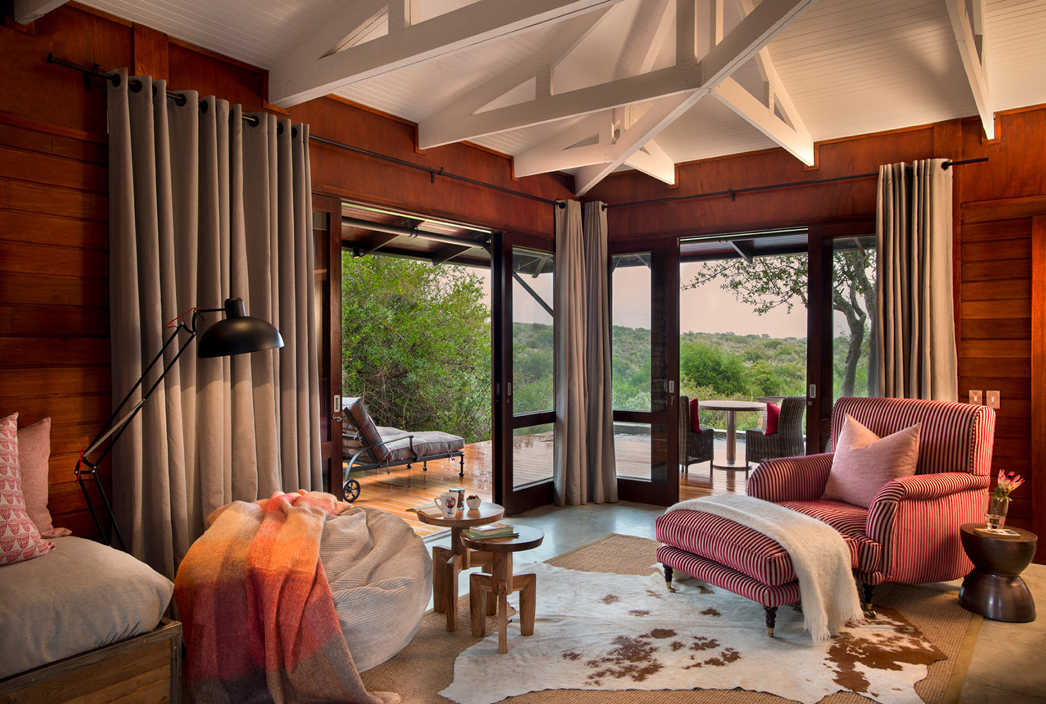 Ecca-Lodge-South-Africa-Lounge