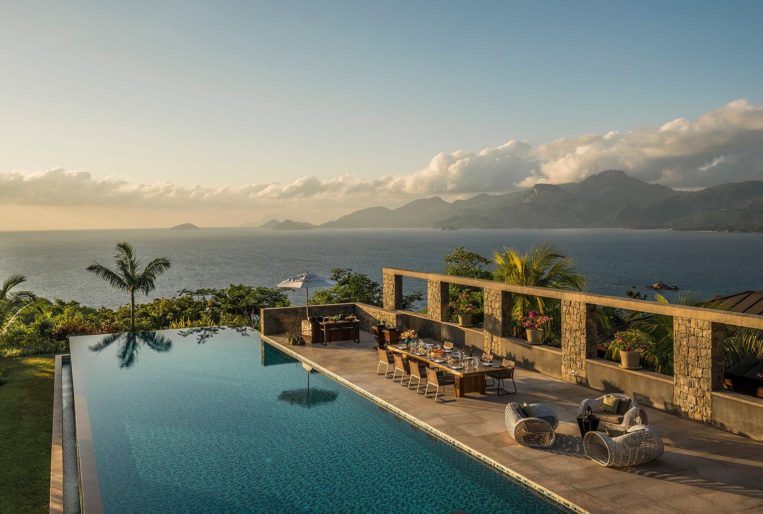 Four-Seasons-Seychelles-Pool-Area