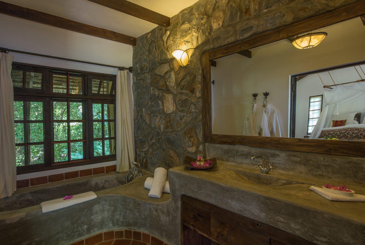 Bathroom Rivertrees Tanzania