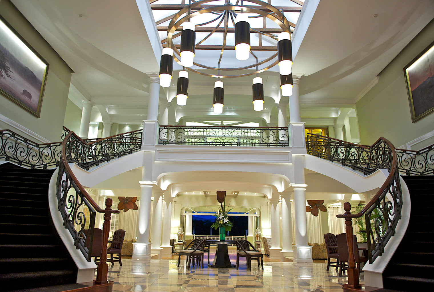 Hemingways Nairobi Kenya Lounge