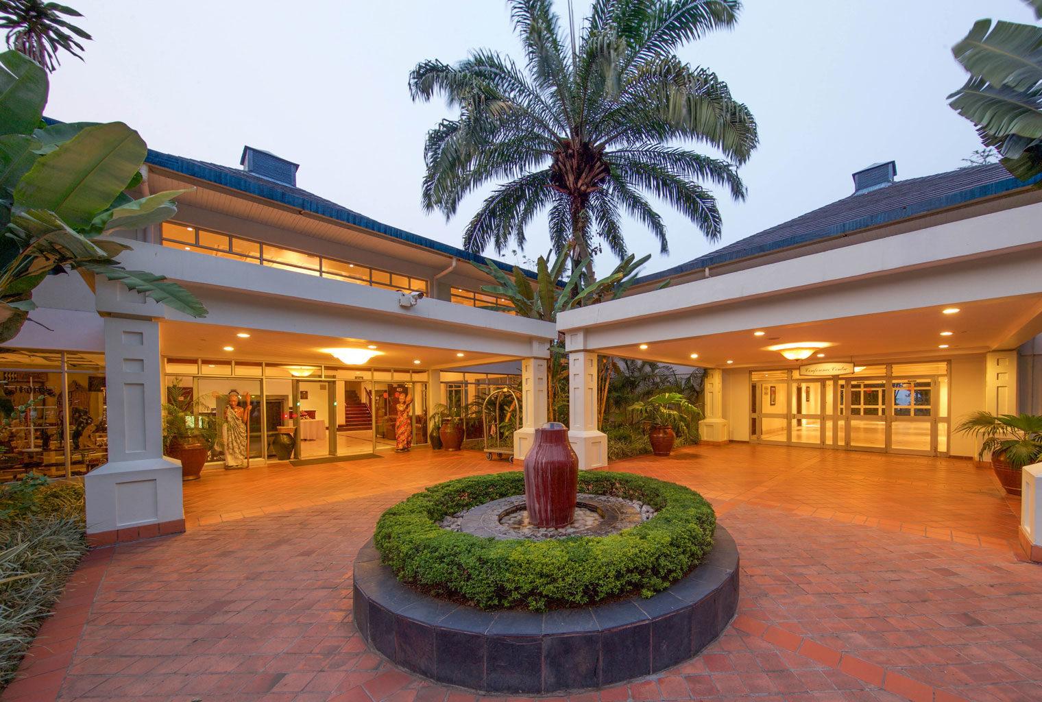 Hotel-Entrance-Lake-Kivu-Serena-Rwanda