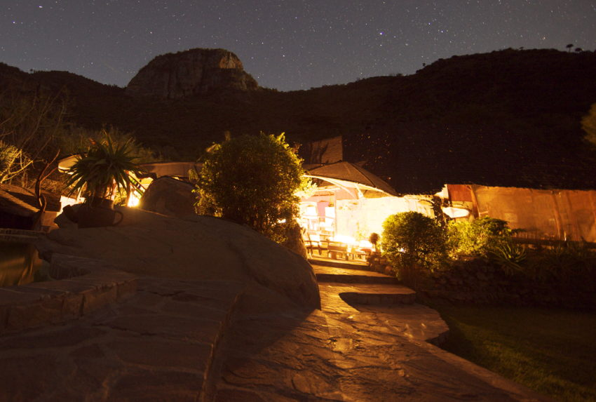 Desert Rose Lodge Kenya Exterior Night