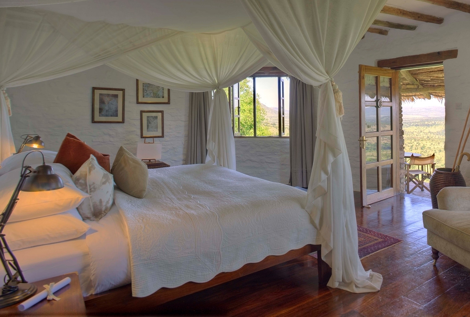 Kleins-Camp-Tanzania-Bed