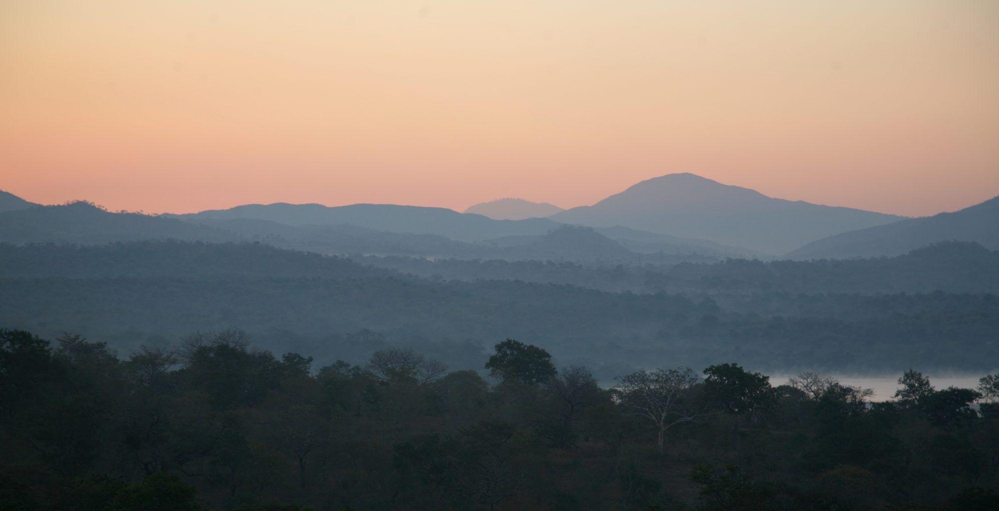 Malawi-Majete-Wildlife-Reserve-Sunrise