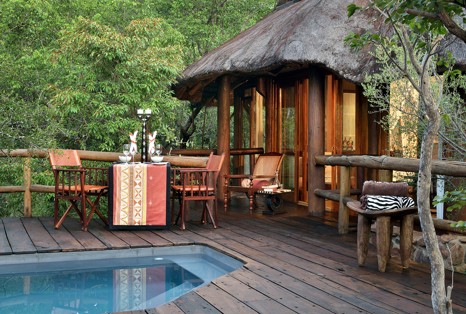 Makweti-Safari-Lodge-South-Africa-Poolside