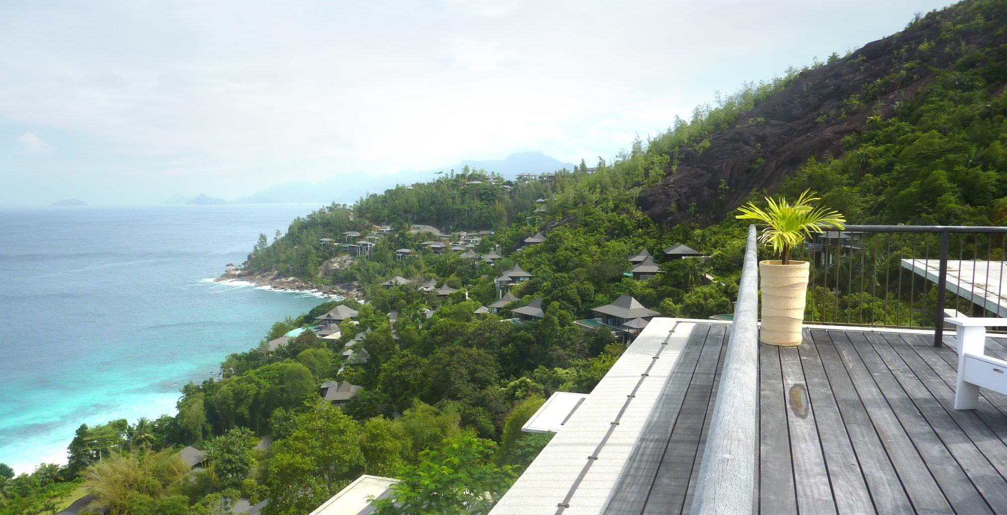 Seychelles-Four-Seasons-Deck-View