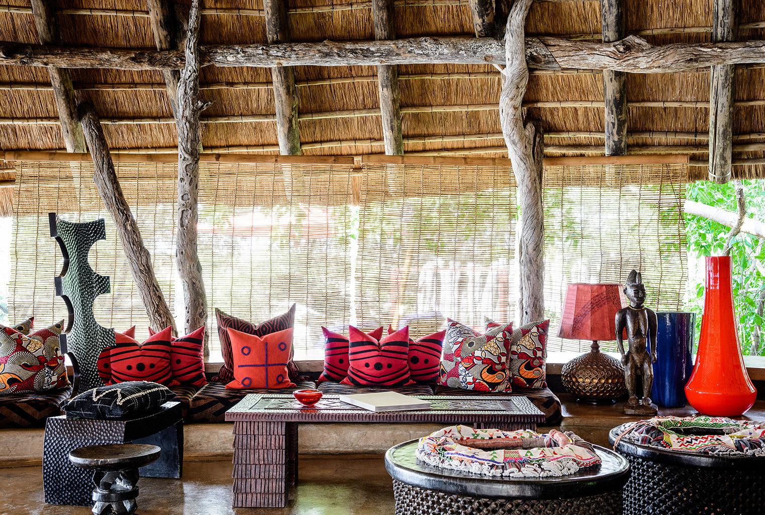 Pamushana-Zimbabwe-Lounge