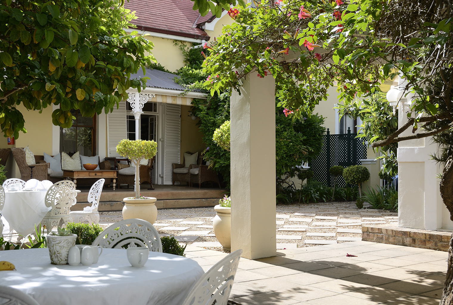 River-Manor-Guesthouse-and-Spa-South-Africa-Outside-Dining