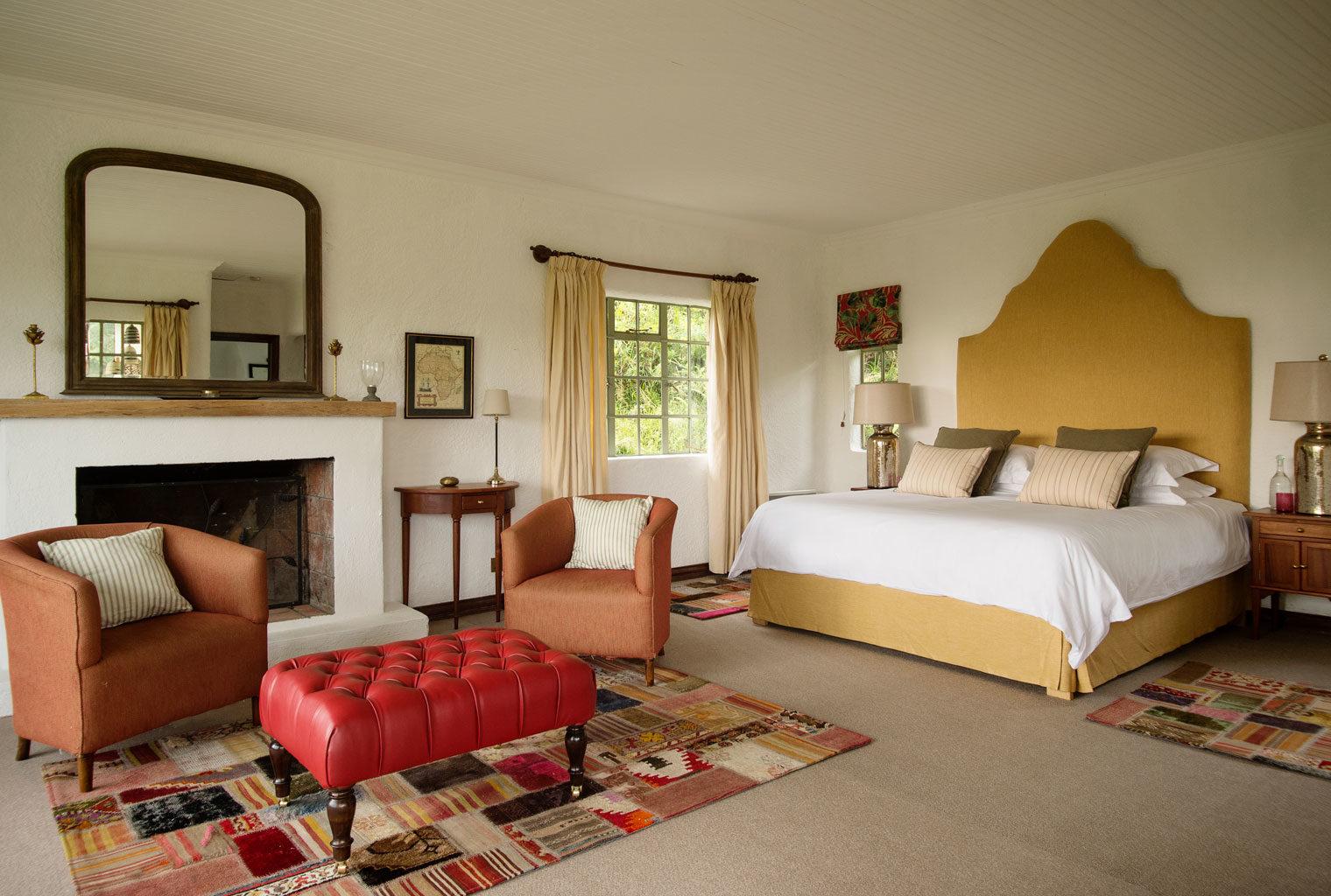 Sabyinyo-Silverback-Lodge-Rwanda-Bedroom
