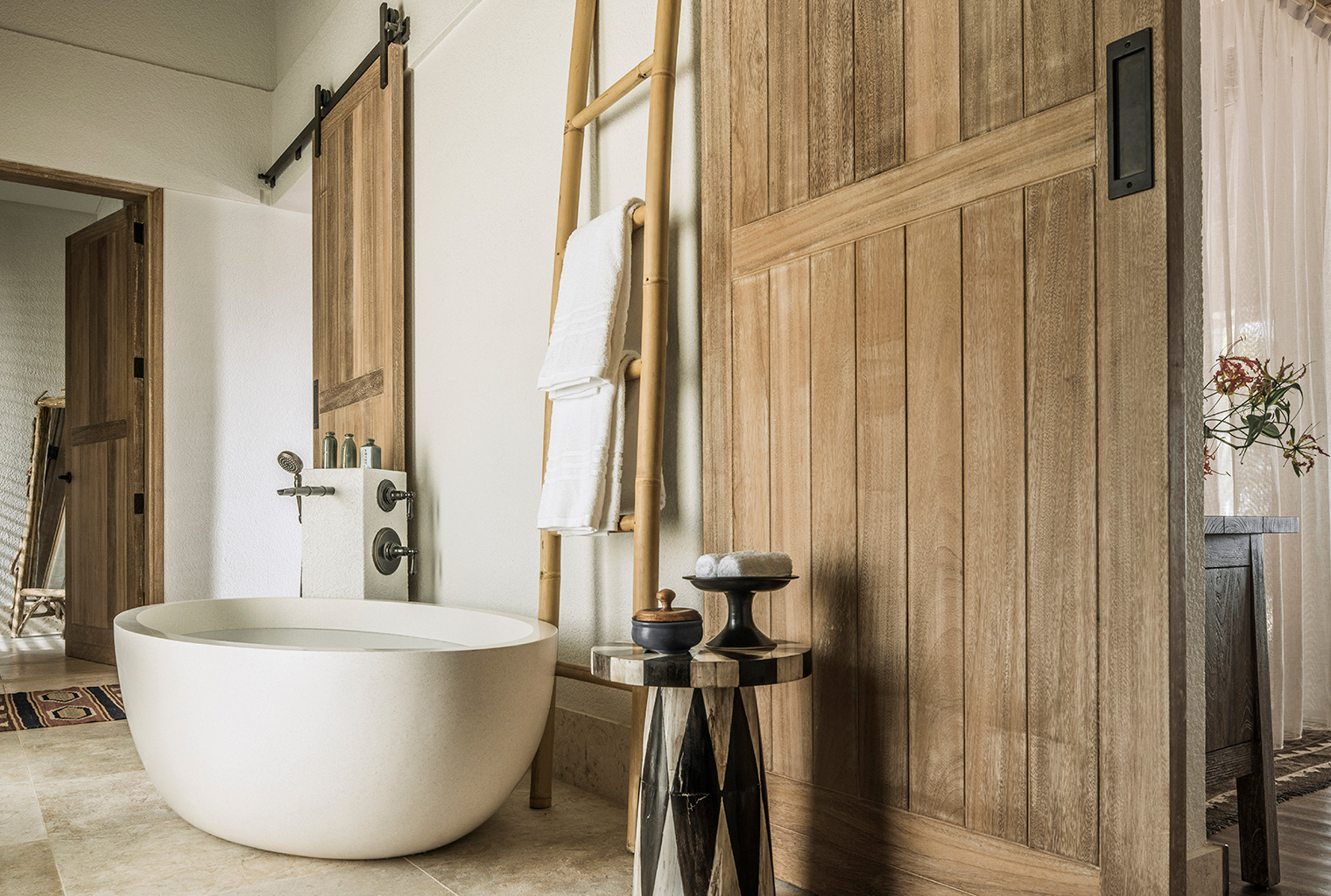 Seychelles-Desroches-Bath