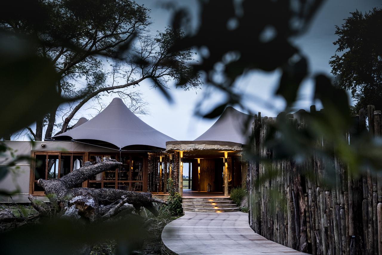 Mombo-Camp-Botswana-Exterior