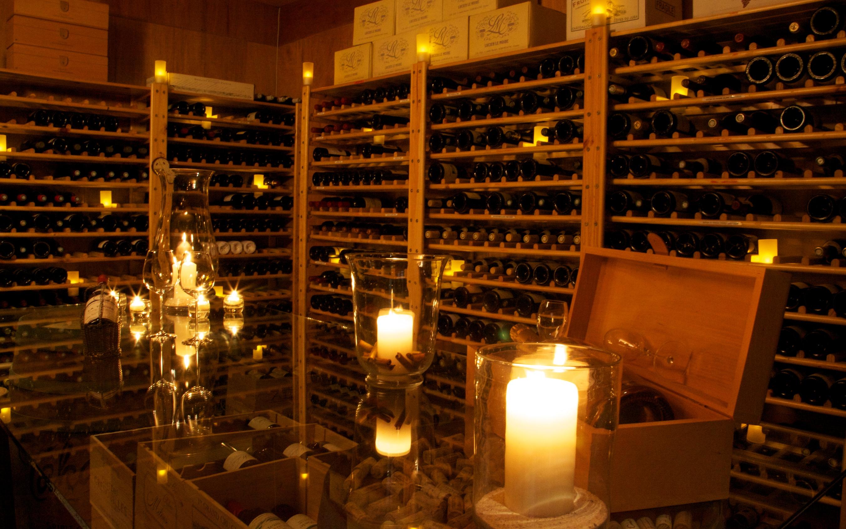 Maia Luxury Resort Seychelles wine