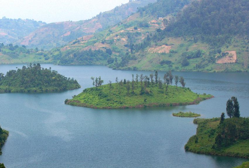 Rwanda-Lake-Kivu-Hero