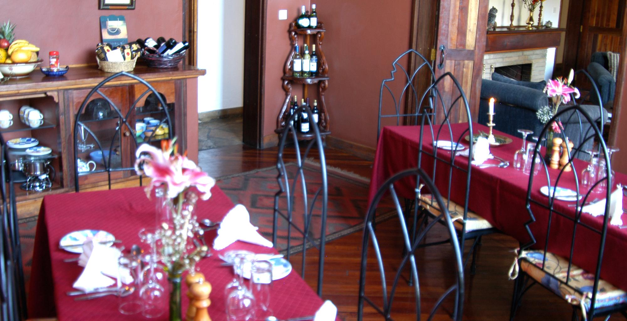 Kenya-Macushla-House-Dining