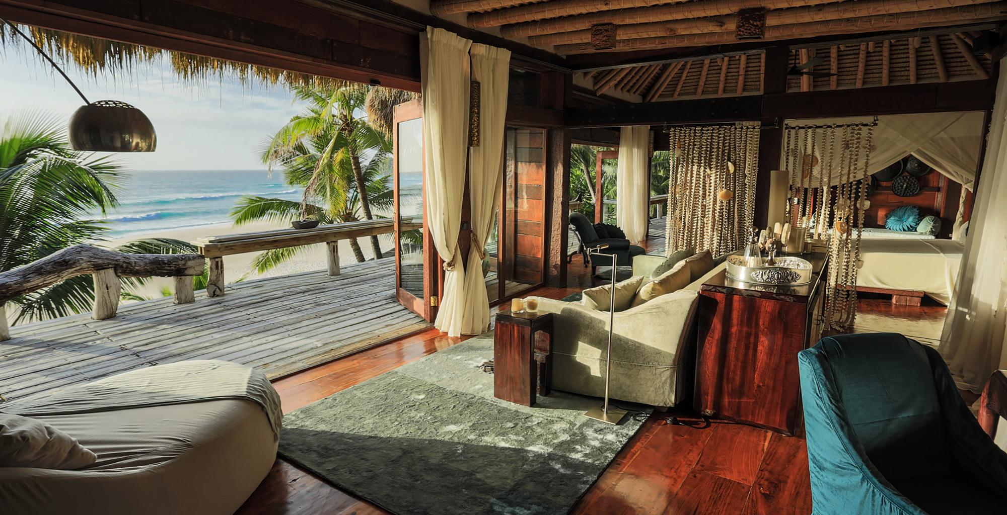 Seychelles-North-Island-Lodge-Deck-Lounge