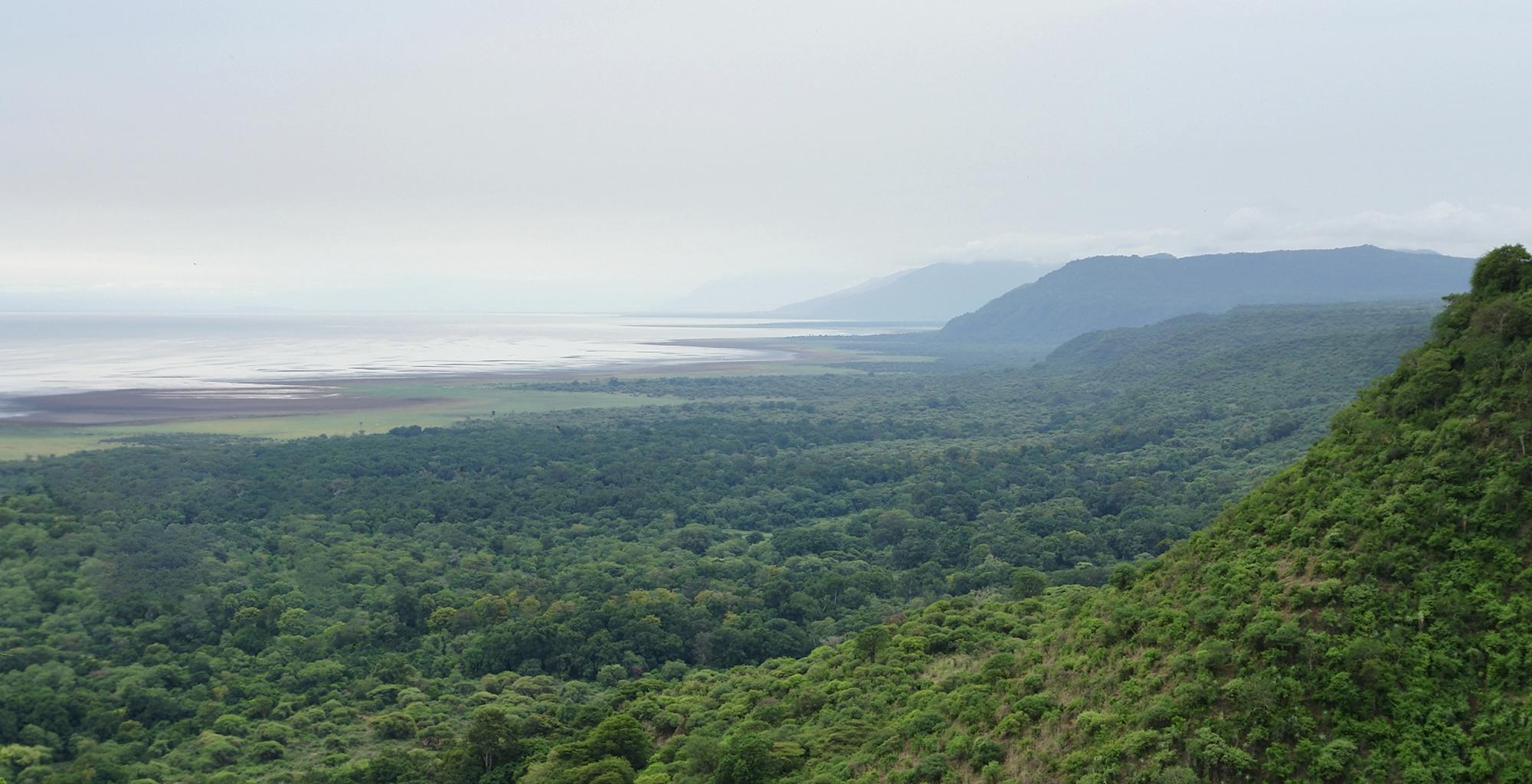 Tanzania-Lake-Manyara-Scenery