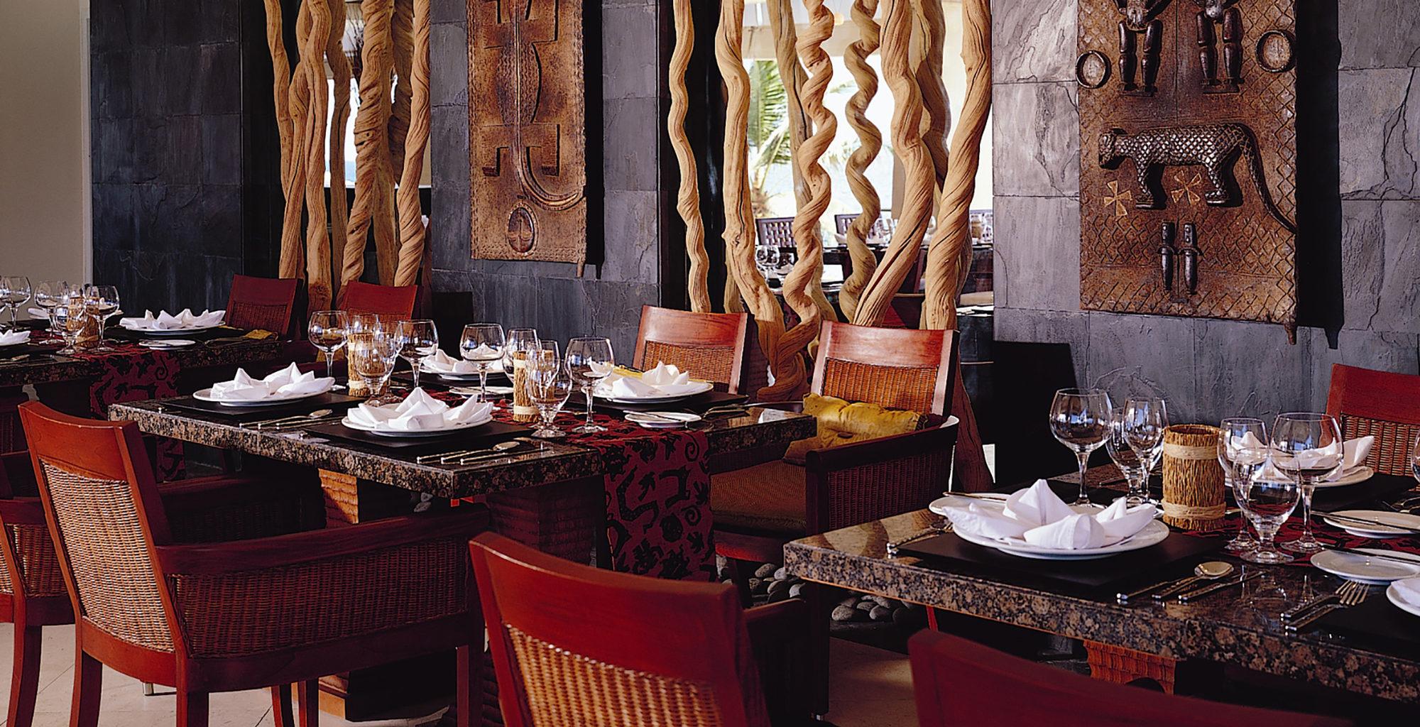 Seychelles-Banyan-Tree-Hotel-Dining-Interior