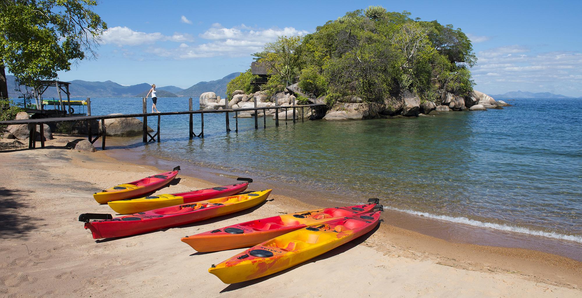 Lake-Malawi-Mumbo-Island-Lodge-Kayak