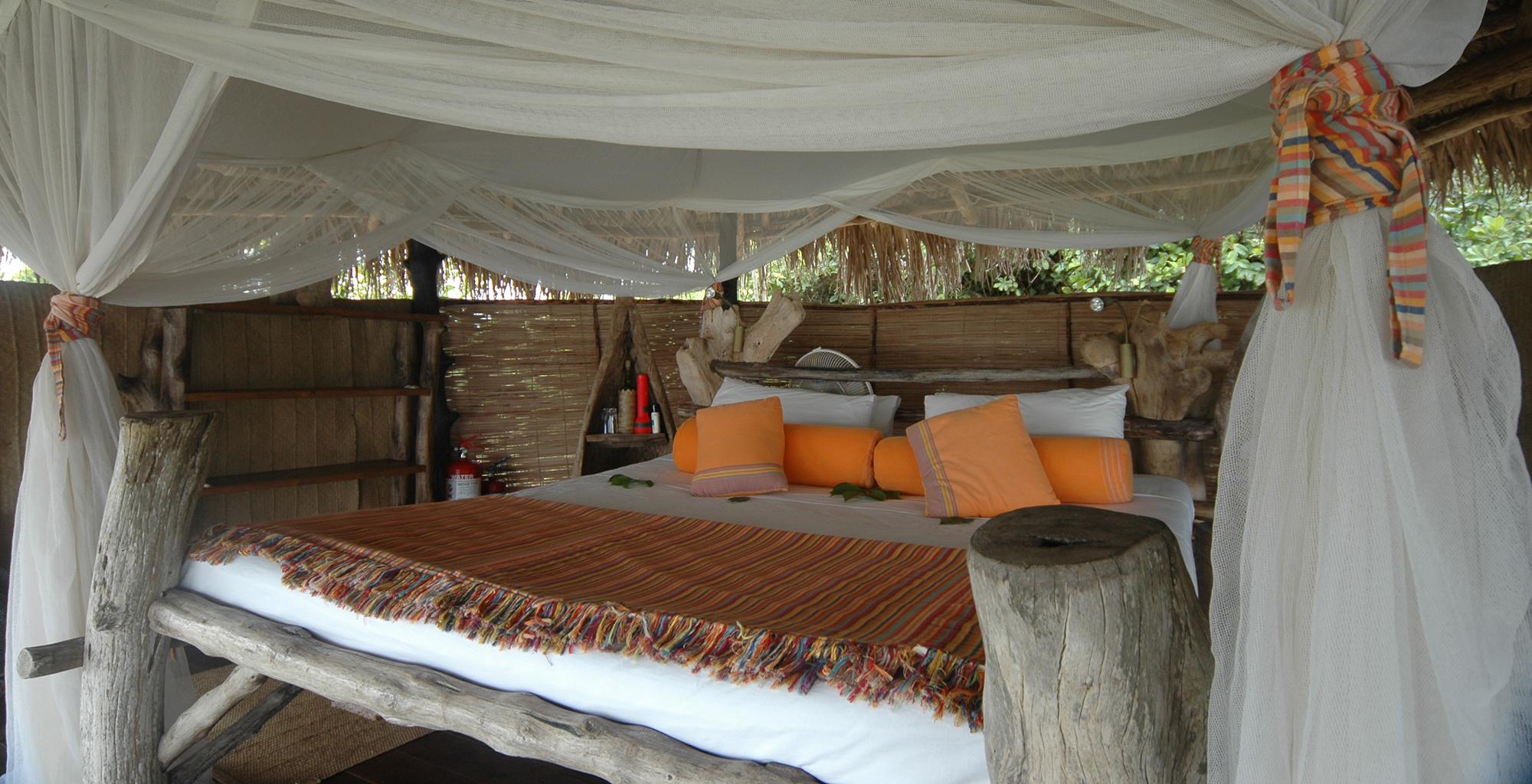 Kenya-Tana-Delta-Camp-Bedroom