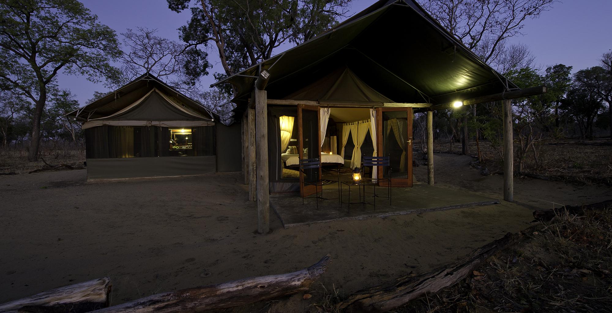 Zimbabwe-Davisons-Camp-Exterior
